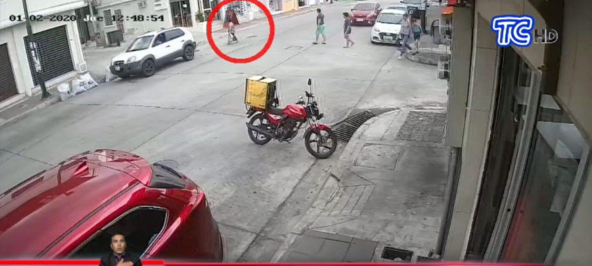 Difunden otro video del accidente mortal a una mujer atropellada en Guayaquil