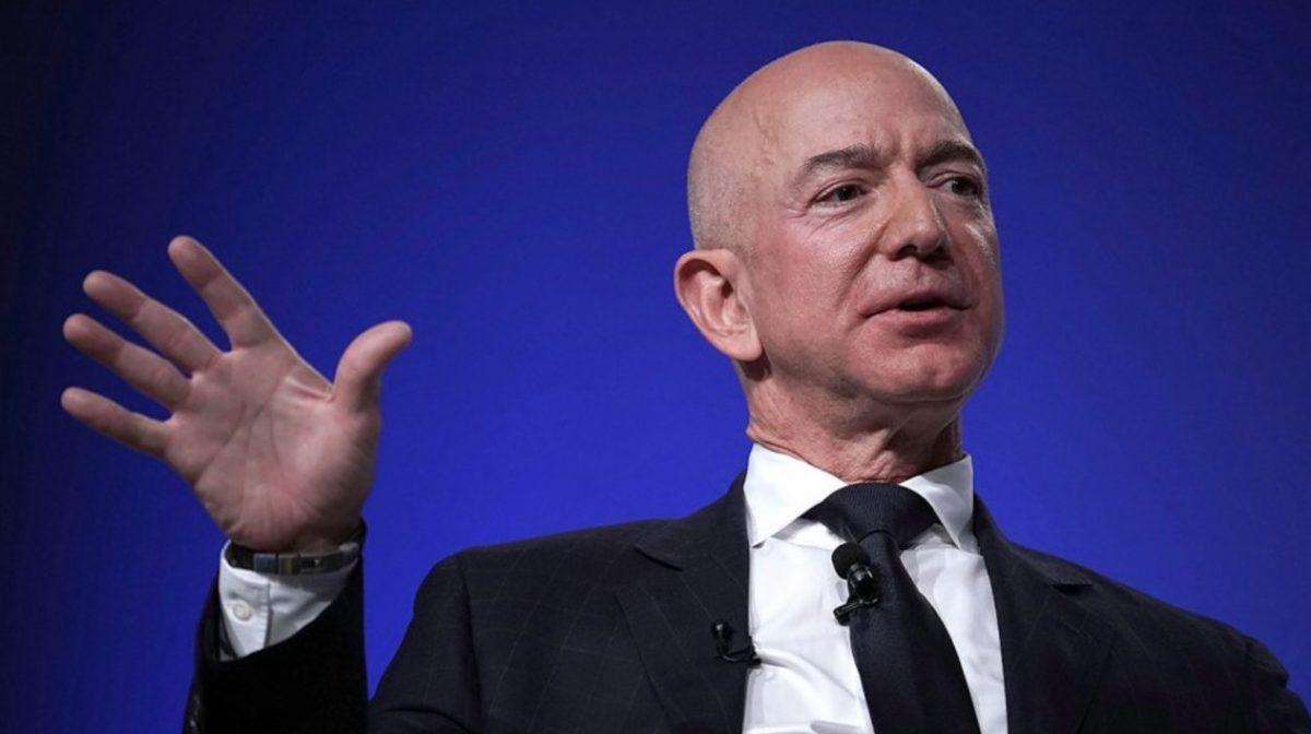 Jeff Bezos ya no es el hombre más rico del mundo en la nueva lista de Forbes