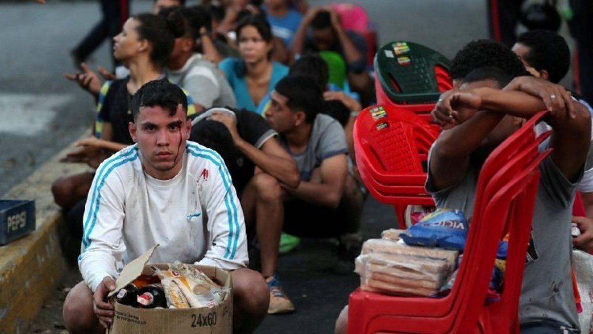 Venezuela   En medio del apagón, intentos de saqueos, la comida se desperdicia y el régimen pide calma