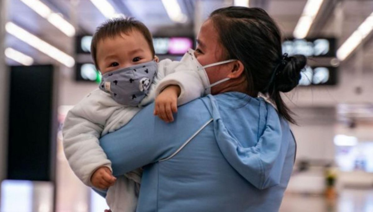Coronavirus: confirman el nacimiento de un bebé con el virus en Wuhan