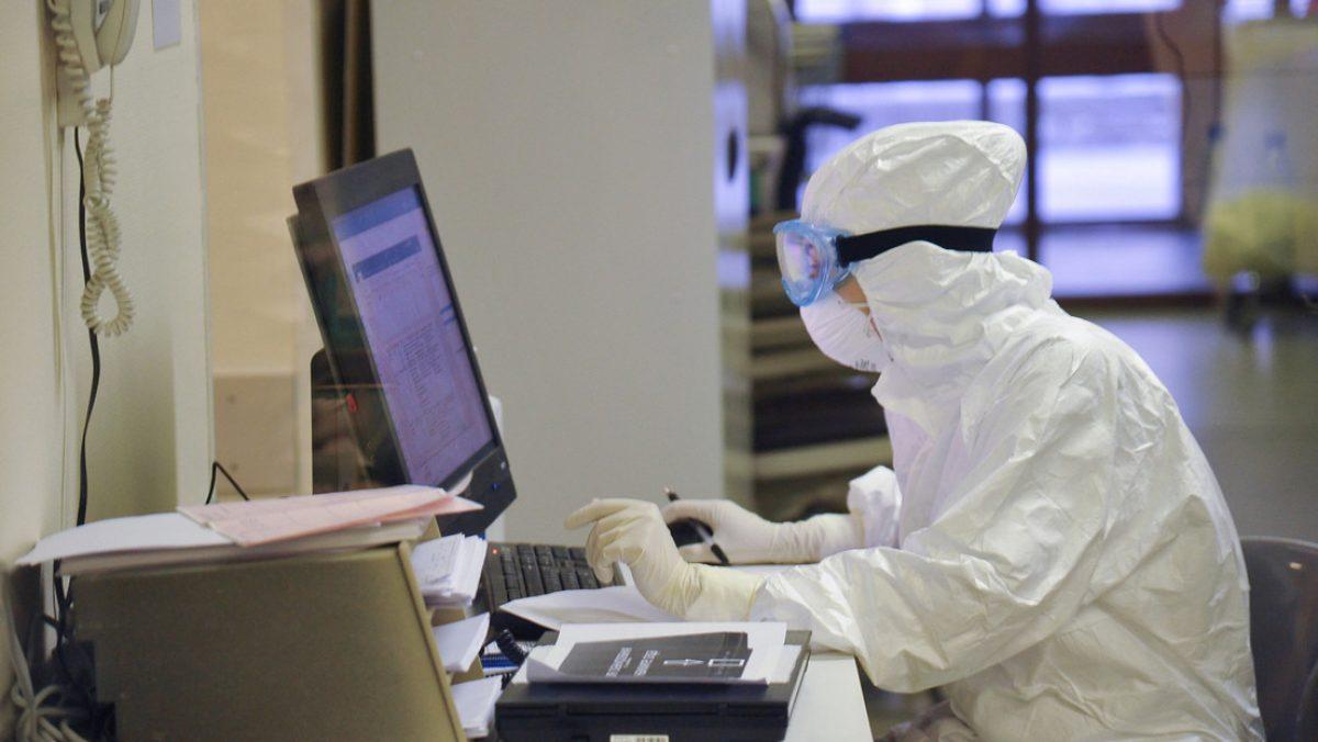 Una vacuna contra el coronavirus de la Universidad de Oxford resulta exitosa en monos