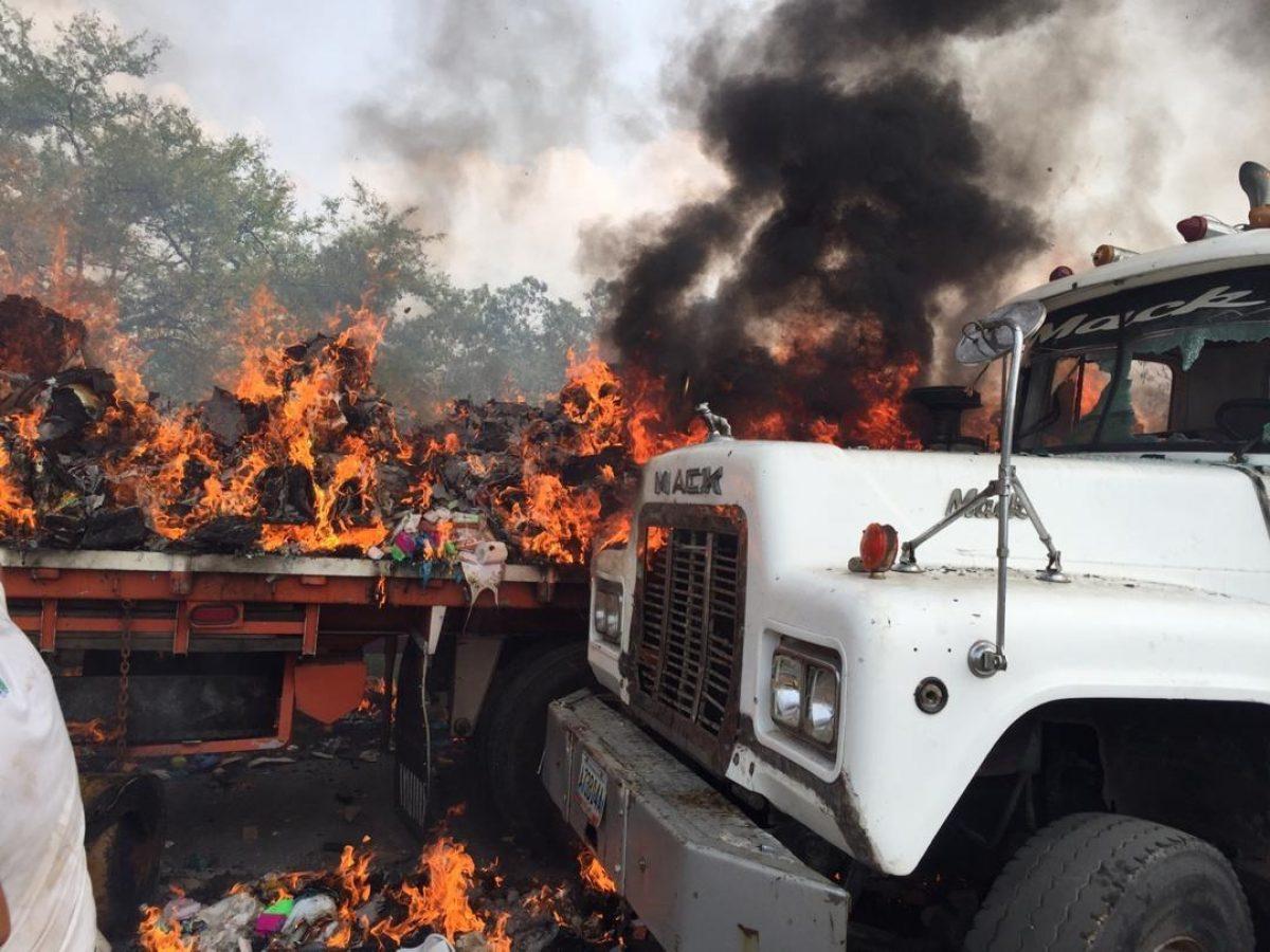 Juan Guaidó se pronuncia ante la quema de ayuda humanitaria que ingresó a Venezuela