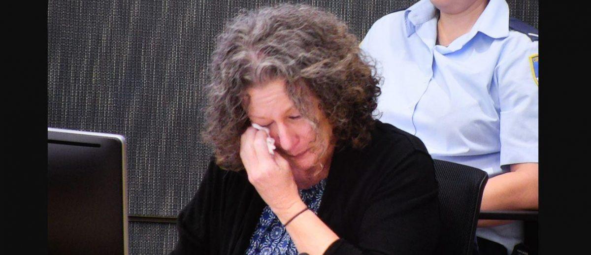 Madre que asesinó a sus 4 hijos llora porque los extraña