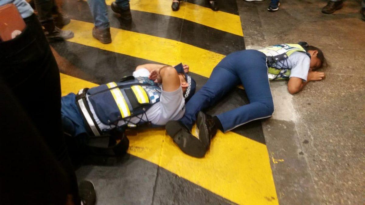 VIDEO | Atropello de dos agentes de la ATM dentro de un centro comercial en Guayaquil