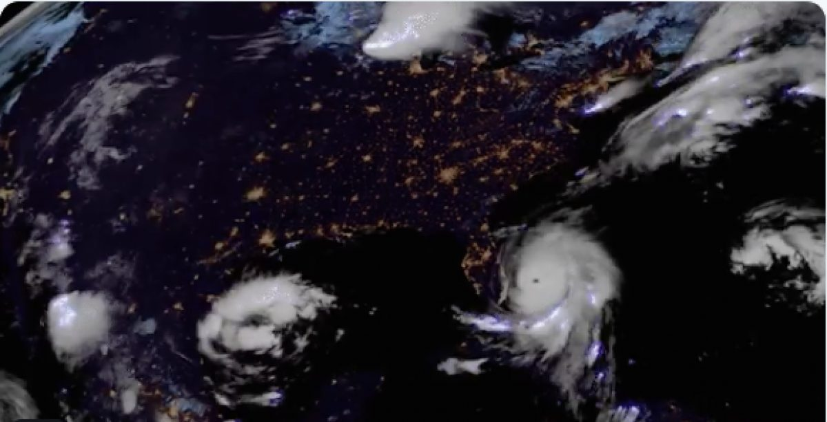 VIDEO | Tormenta eléctrica se forma sobre el huracán 'Dorian'