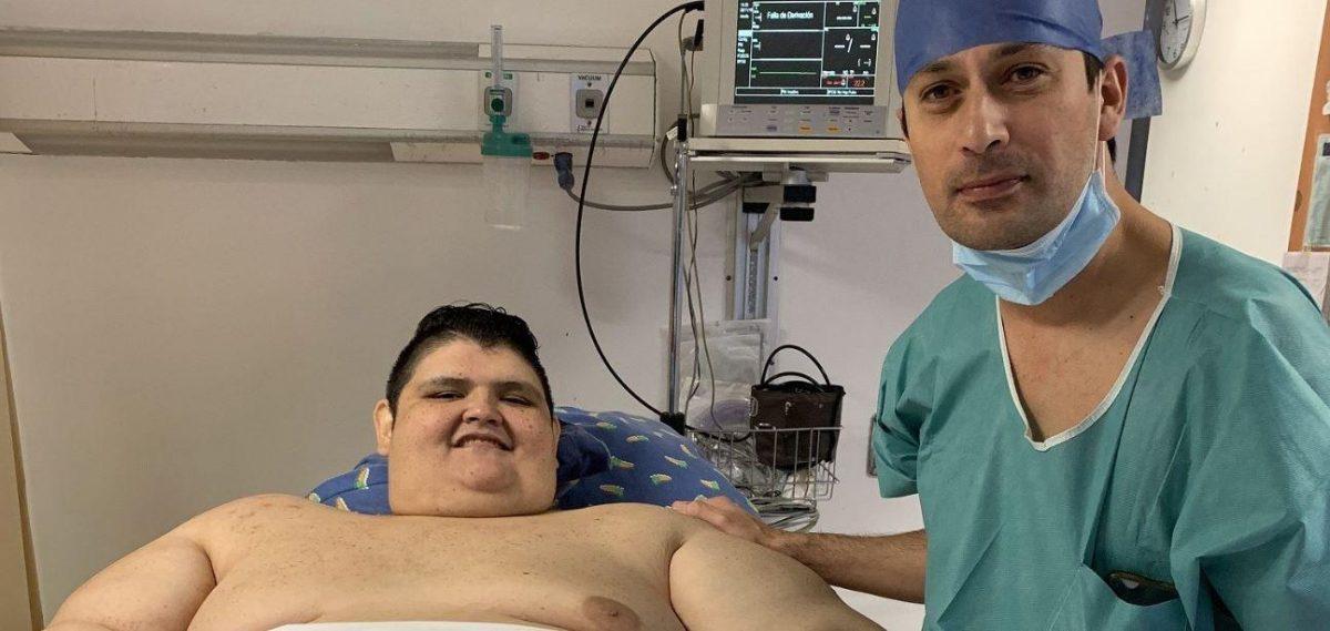 Hombre más obeso del mundo dice adiós a unos kilos