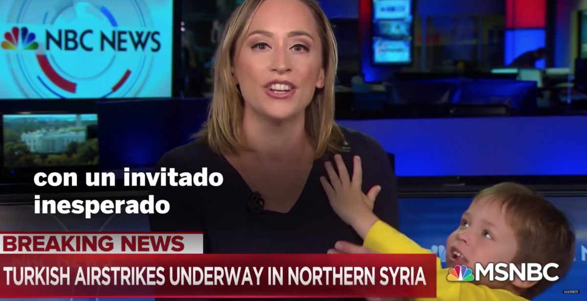 VIDEO | Presentadora de noticias es interrumpida por su propio hijo mientras estaba en vivio