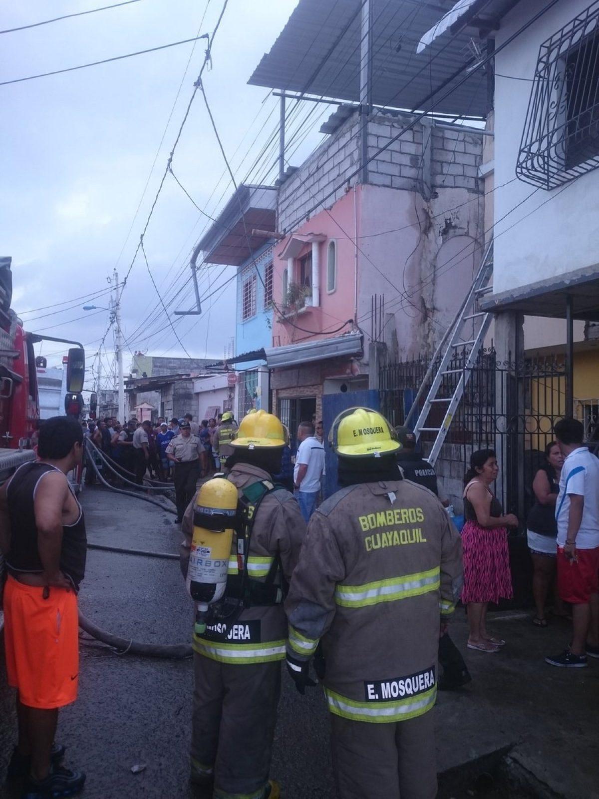 Presunta clínica clandestina se incendió en Guayaquil