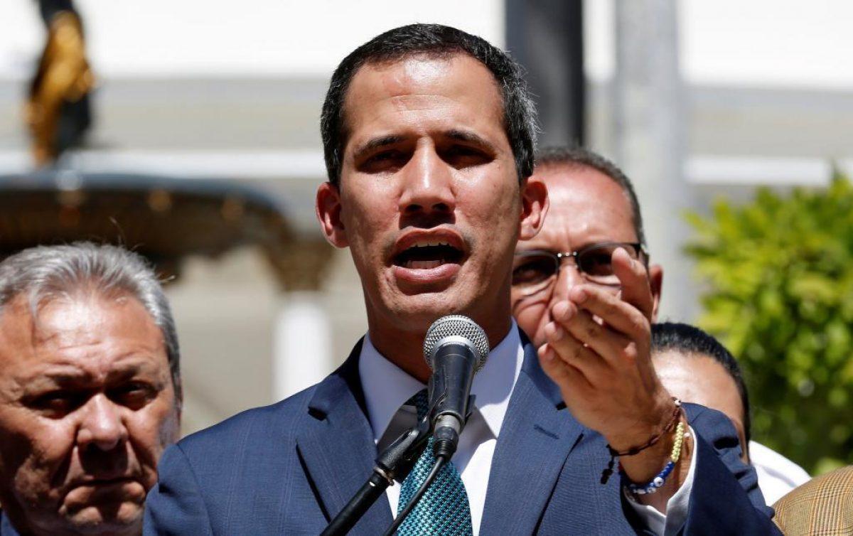 """Fiscalía de Venezuela pide investigación contra Juan Guaidó por """"sabotaje eléctrico"""""""