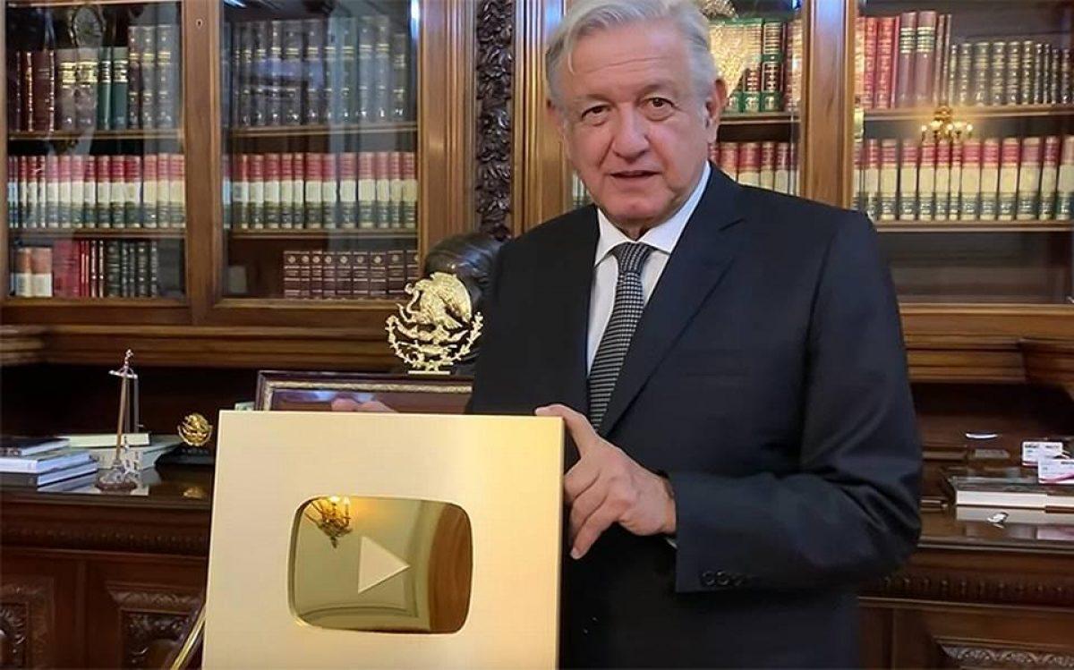 ¡Todo un youtuber el presidente mexicano! Consiguió su botón de oro