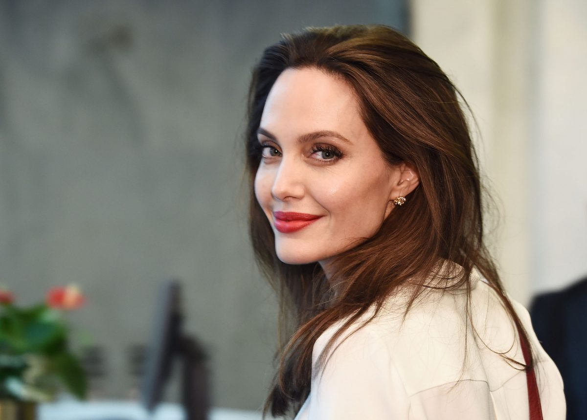 ¿Angelina Jolie incursionará en la política?