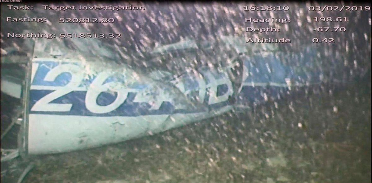 Encontraron un cuerpo entre los restos del avión en que viajaba  Emiliano Sala