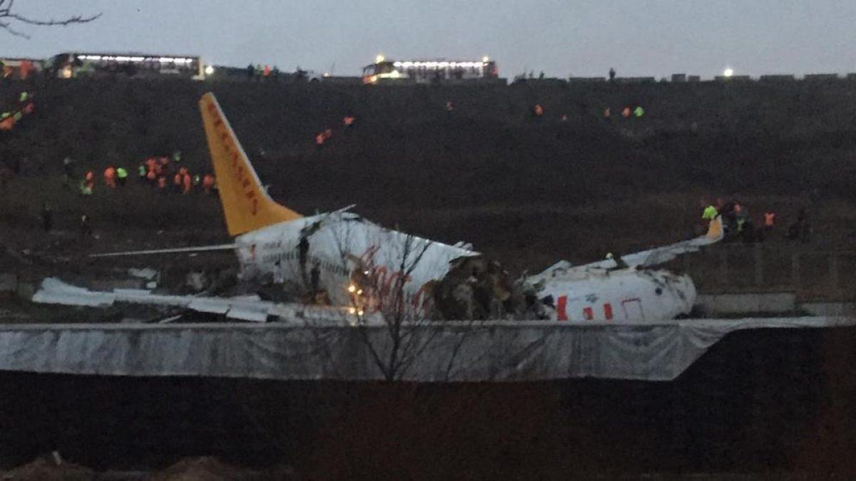 VIDEO | Terrible accidente: Avión con 162 pasajeros se sale de pista en Turquía