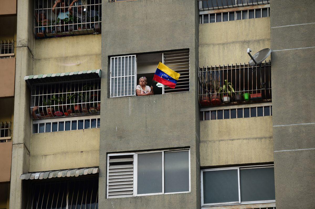 VIDEO: China ofrece ayuda a Venezuela para restablecer la electricidad