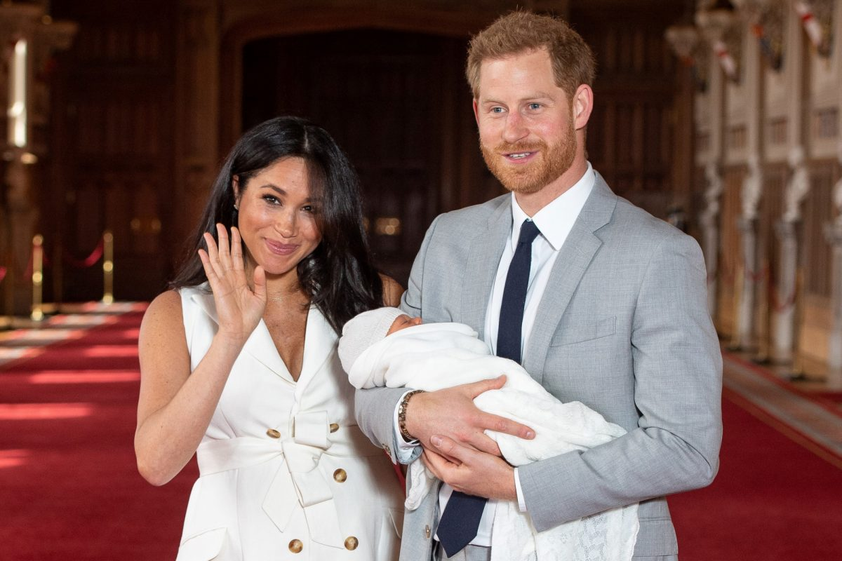 Los requisitos y el cuantioso sueldo para quien cuide al bebé real, Archie