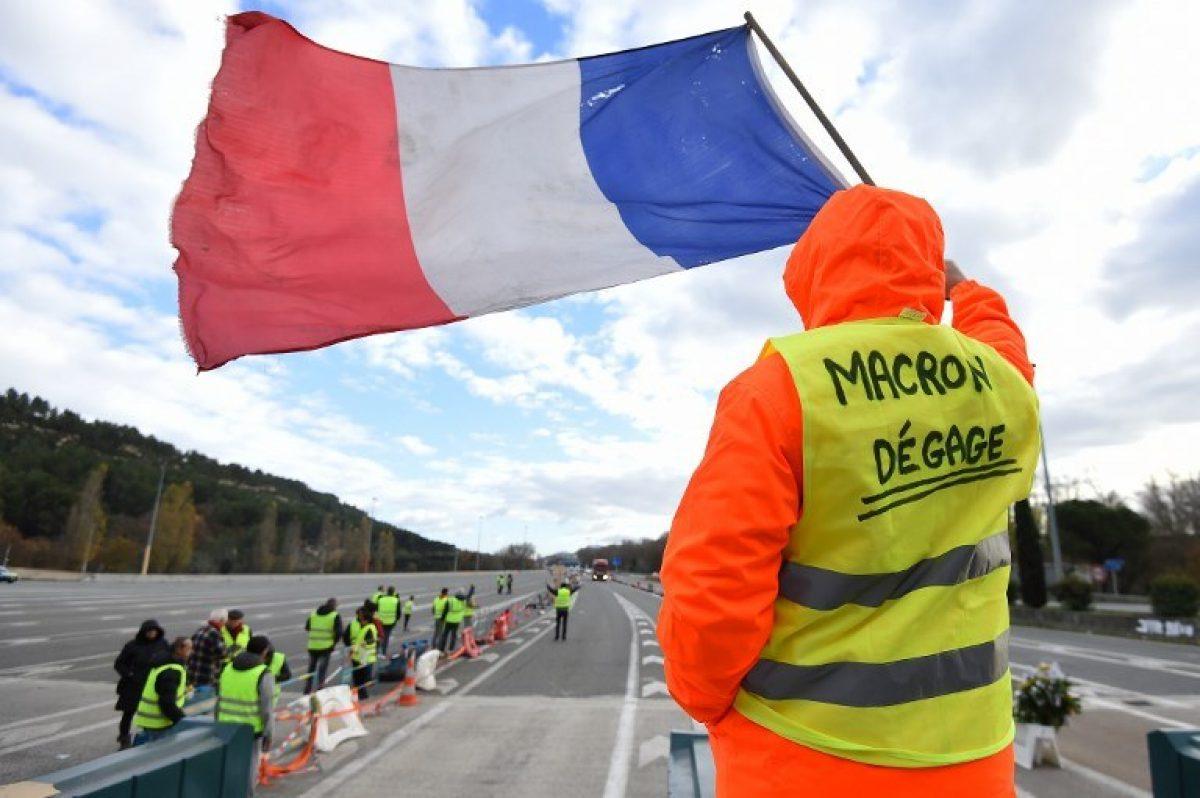 Protestas preocupan al Gobierno francés por la democracia