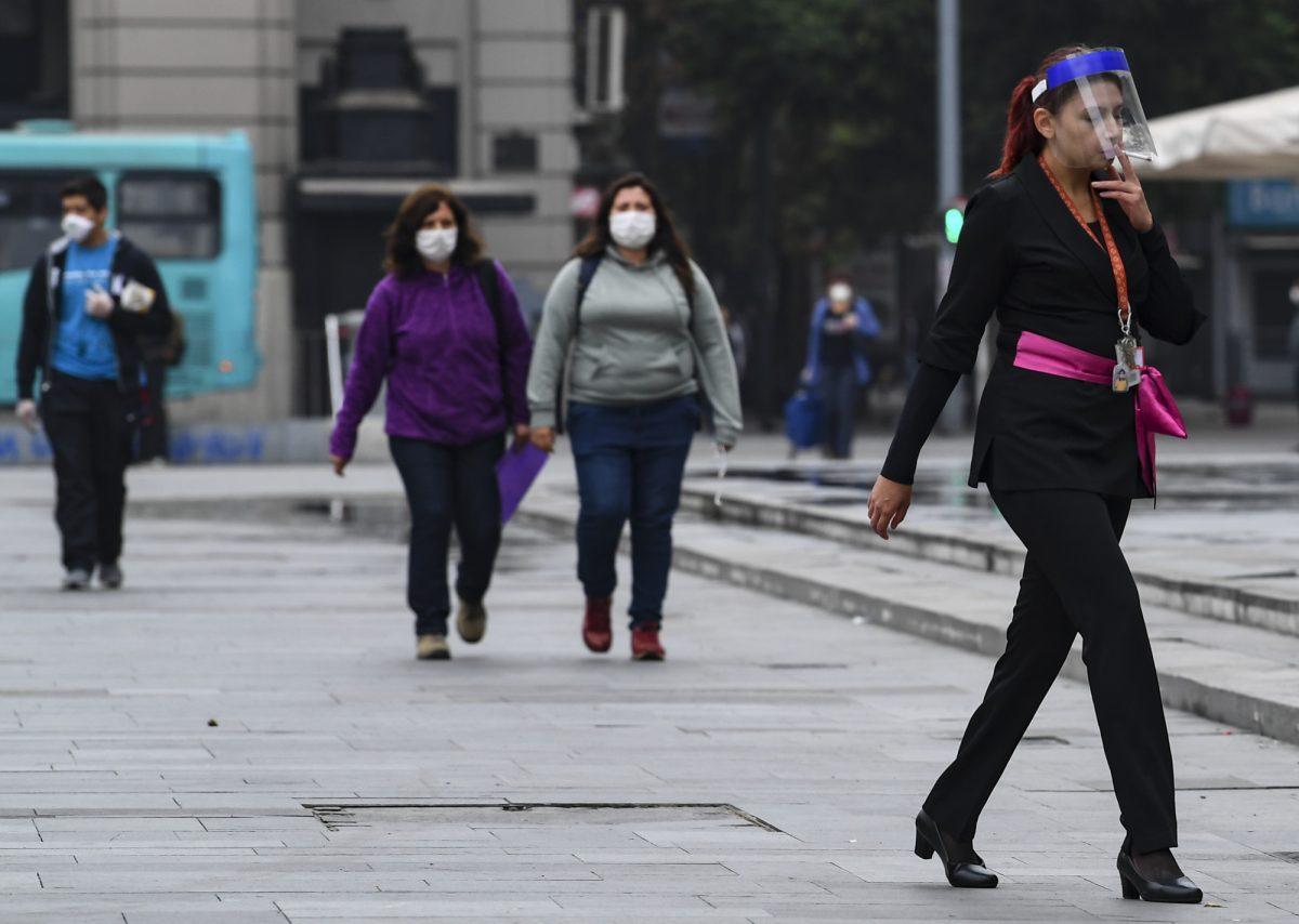 Chile confirma 2.738 casos de coronavirus
