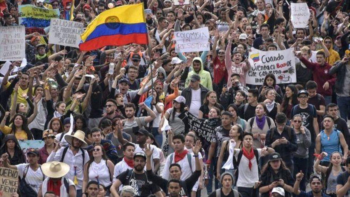 Colombia: 4 motivos detrás de las multitudinarias protestas contra el gobierno de Iván Duque