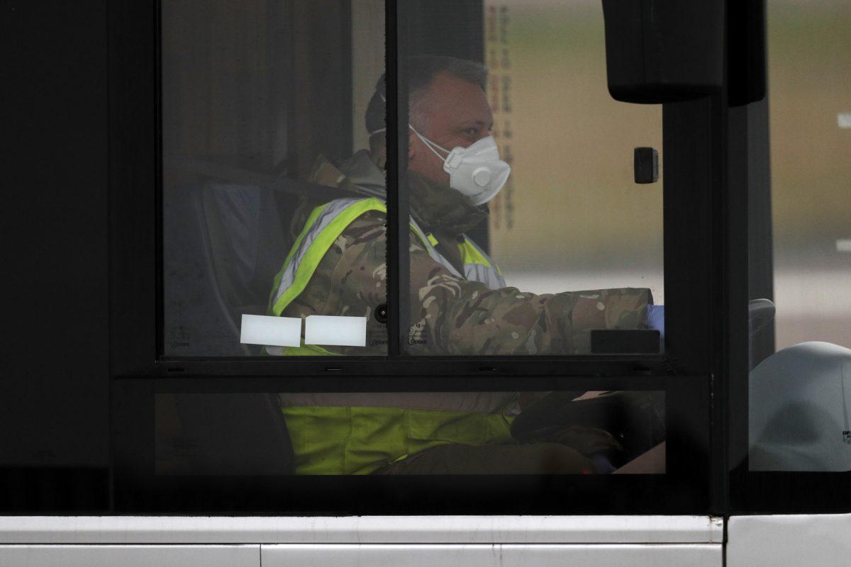 Reino Unido confirma primeros casos de coronavirus