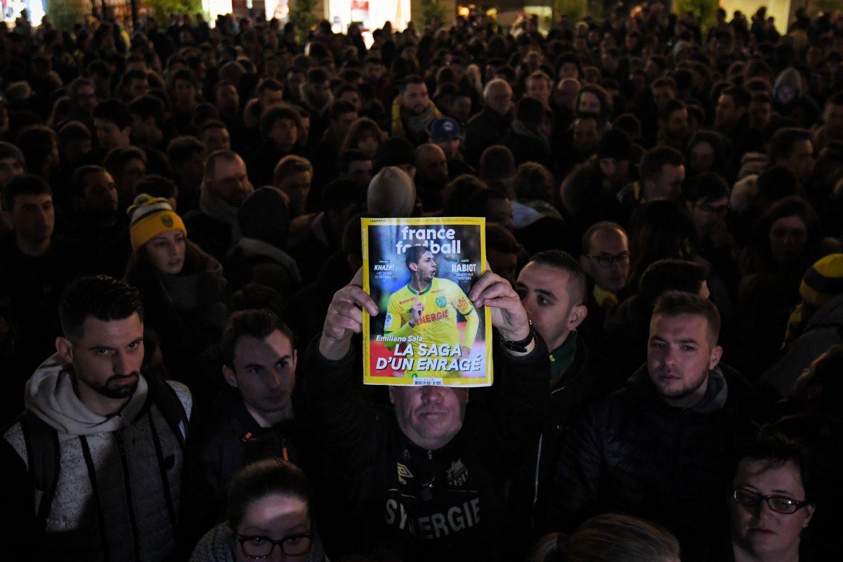 VIDEO: papá de Emiliano Sala piensa lo peor tras desaparición del avión