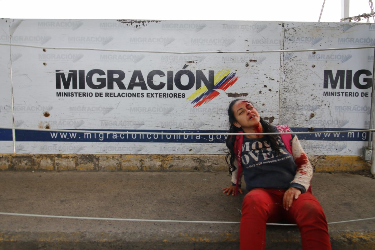 10 fotografías impactantes que marcan la llegada de la ayuda humanitaria a Venezuela