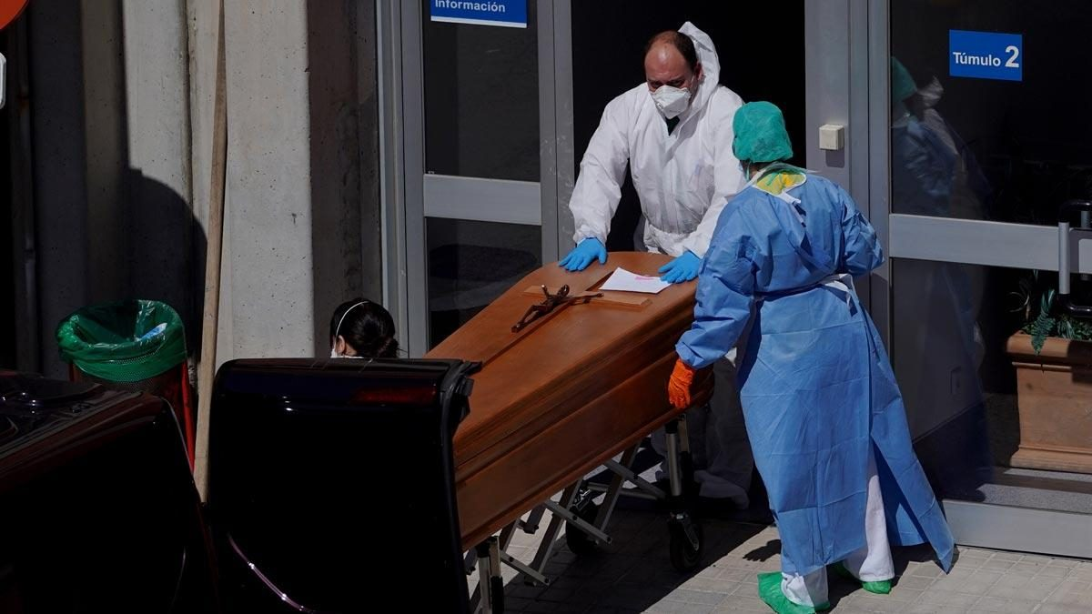 España registra 655 muertes por coronavirus en 24 horas y la cifra total se eleva a más de 56.000 contagiados