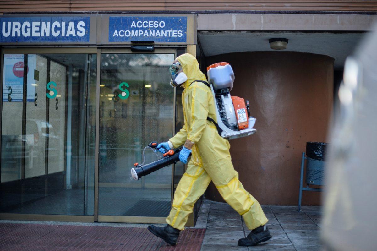 España registró 95 muertos por covid-19 en las últimas 24 horas
