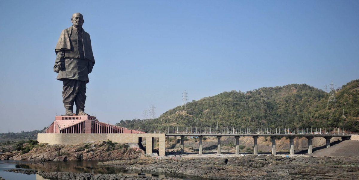 La estatua más grande del mundo tiene problemas