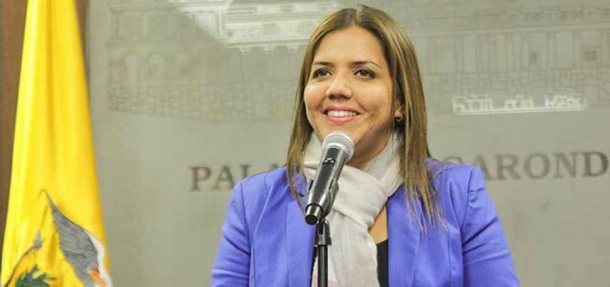Fiscalía solicita prisión preventiva a la exvicepresidenta María Alejandra Vicuña