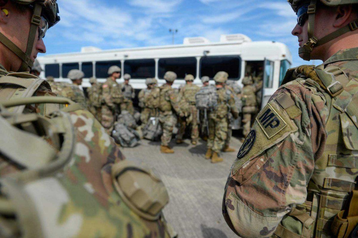Estados Unidos aumentará  sus tropas en la frontera