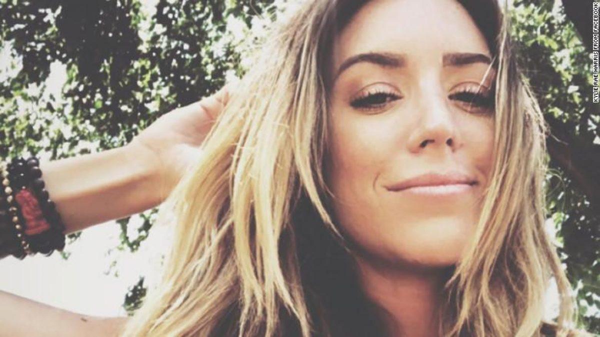 Muere la cantante de country Kylie Rae Harris en accidente automovilístico