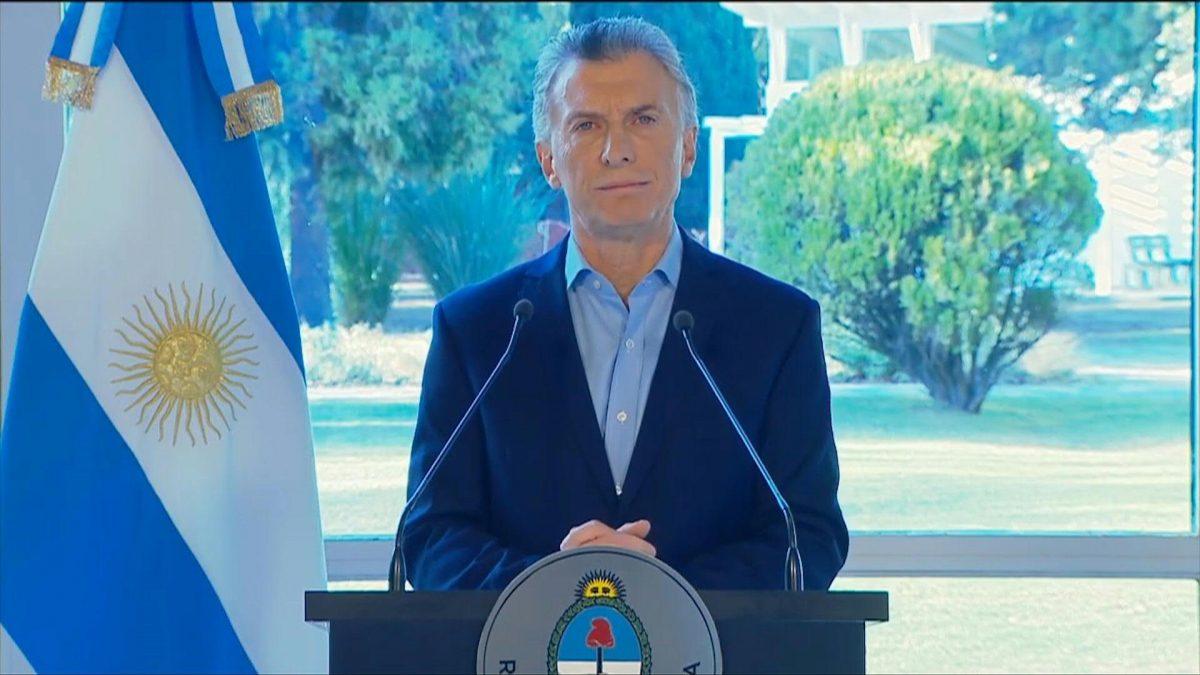 VIDEO | Presidente argentino pide disculpas por enojo tras revés electoral
