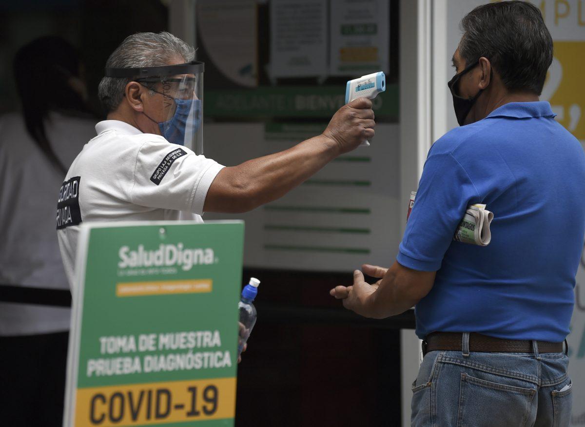 México registra 424 muertes por coronavirus en un día y supera los 6.000 decesos