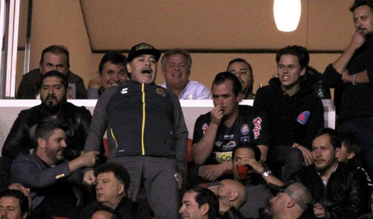 Maradona investigado en México por el escándalo en la final entre Dorados y Atlético San Luis