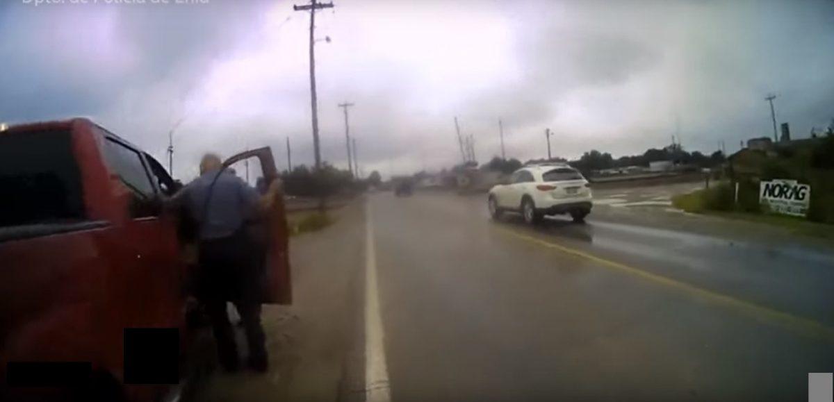 VIDEO | Un perro pisa un arma y accidentalmente dispara a una mujer