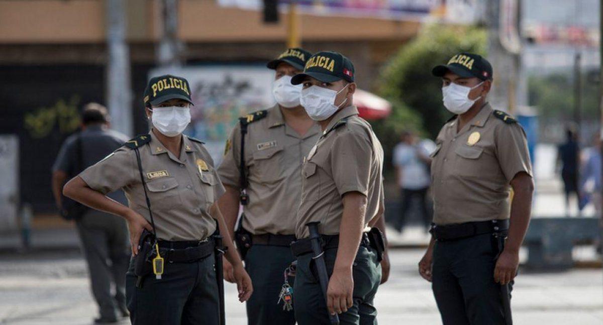 1.300 efectivos de la Policía Nacional de Perú dan positivo al covid-19