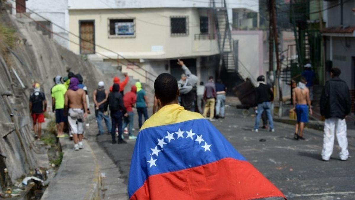 Venezuela | Un adolescente murió durante las protestas del martes contra Nicolás Maduro