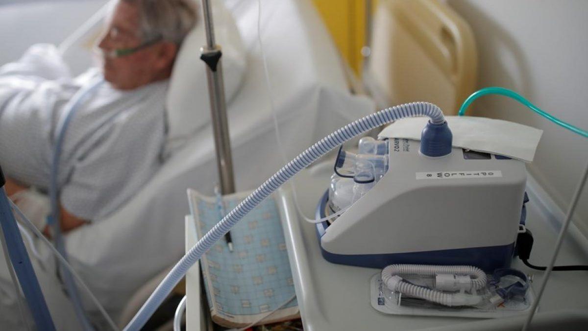 Murió una mujer de 90 años por coronavirus tras ceder el respirador a pacientes jóvenes