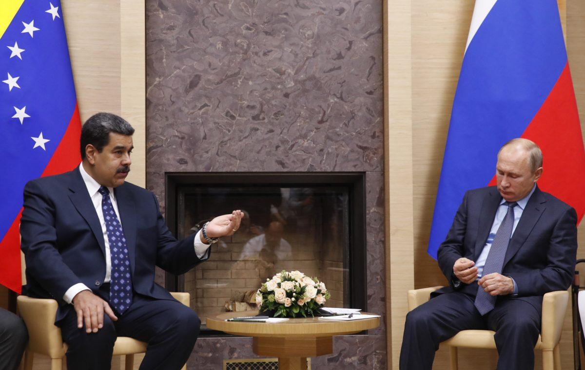 Presidente venezolano Nicolás Maduro en Rusia en busca de ayuda financiera