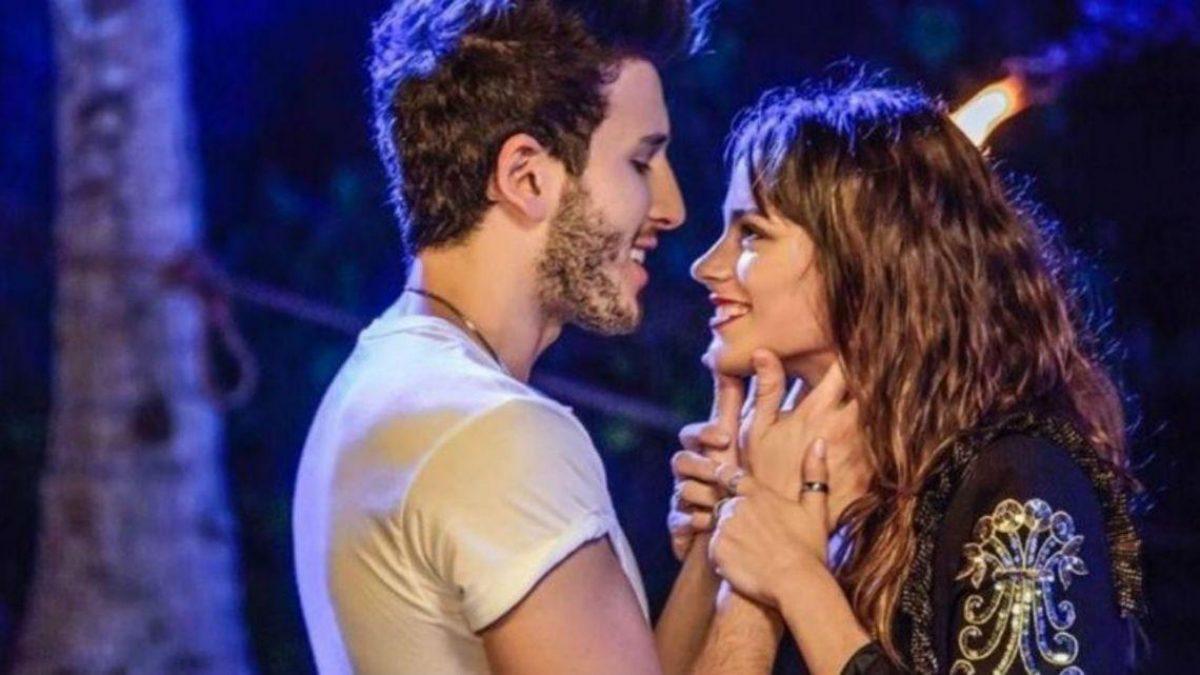 El beso entre Tini Stoessel y Sebastián Yatra que desató polémica