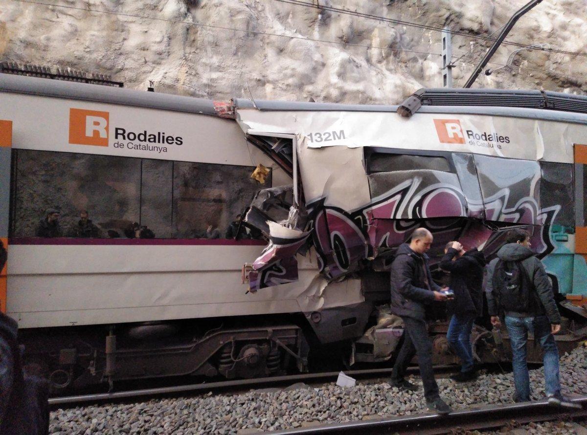 VIDEO | Chocan dos trenes en España: hay al menos un muerto y 95 heridos
