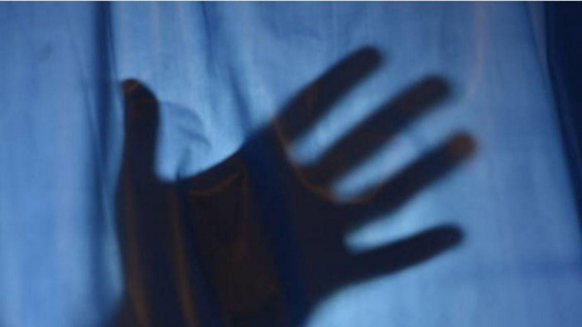 Una mujer denuncia que más de 500 hombres la violaron durante 7 años desde los 11 años