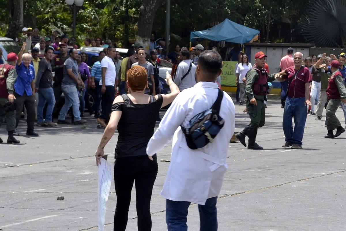 VIDEO: incidente previo a visita de misión de ONU a hospital venezolano