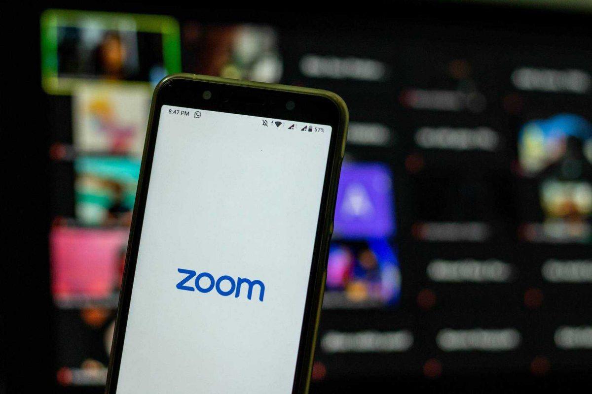 Condenan a un hombre a la muerte en la horca a través de Zoom