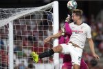 Sevilla ganó 1x0 el derbi en Granada y es líder provisional