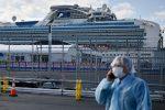 Mueren dos enfermos de coronavirus del crucero atracado en Japón