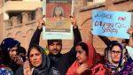 Pakistán ahorcará en público a asesinos y violadores de niños