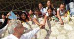 Presidente de México propone día de besos y abrazos, luego de salir del coronavirus