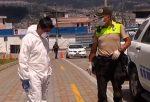 VIDEO | Una adolescente dio a luz en patrullero de la Policía Nacional en Quito