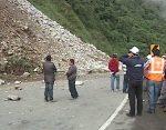 Deslizamientos causan cierres de vías
